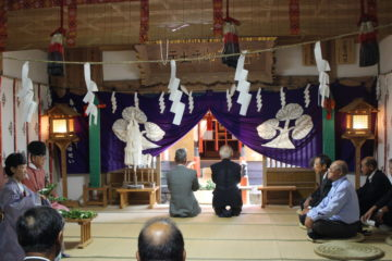 平成30年8月27日宇賀神社代表参拝玉串奉奠の様子